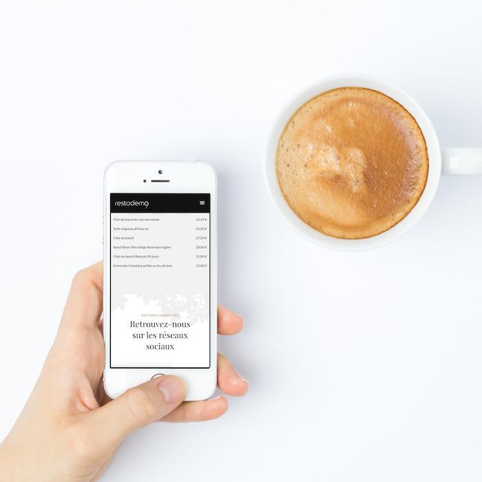 carte-menu restaurant sur smartphone